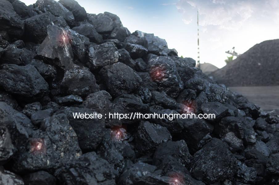 Than đá Quảng Ninh, cảng chế biến than Hùng Mạnh