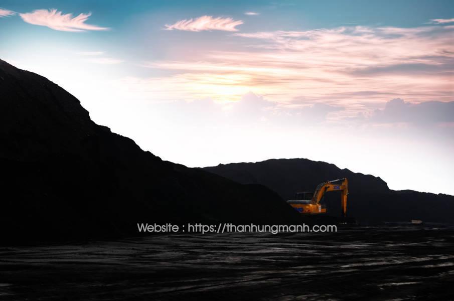 Cảng chế biến than nhập khẩu Indonesia, Hùng Mạnh